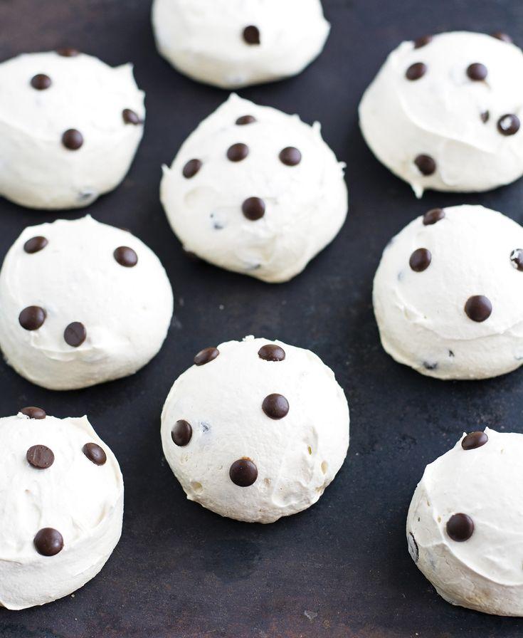 Mom's Chocolate Chip Meringue Cookies