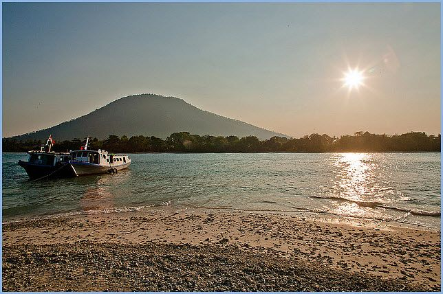 Umang Island - Banten