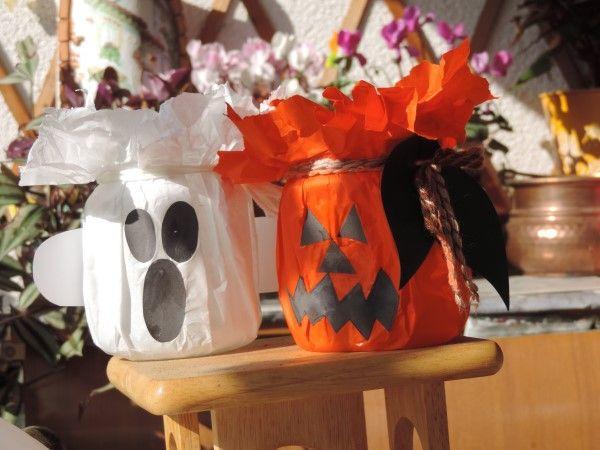 Ciao! Siete in terribile ritardo con le decorazioni di Halloween? Niente paura! In un battibaleno possiamo realizzare queste lanterne di Halloween paurose per la notte delle streghe! Ci serviranno solo due o tre cosette facilmente reperibili anche all'ultimo momento! Ecco quali: forbici, lana o spago, cartoncino verde, carta velina arancione o bianca, carta bianca e...