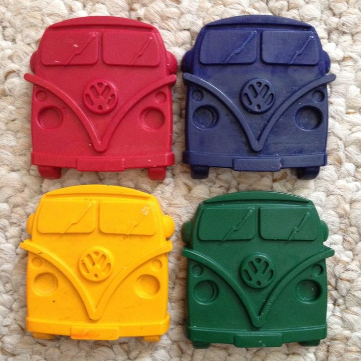 VW Camper / Campervan Wax Crayons x 4 **Party Bag Toy Stocking Fillers Favours**