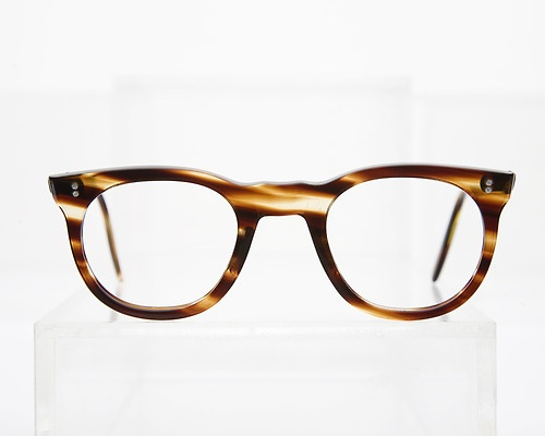 Tortoise hand-made frame from General Eyewear