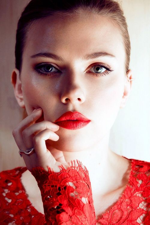 Scarlet-lipped Scarlett. Photo: Txema Yeste for Marie Claire, May 2013. Dress: Dolce and Gabbana, S/S 2013. #RedLips