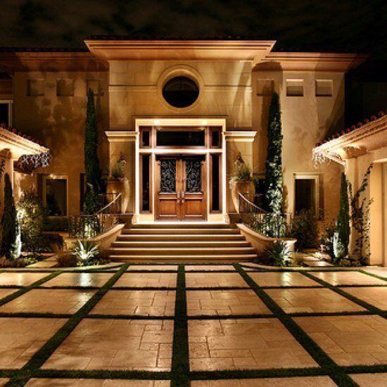 15 Utterly Luxurious Mediterranean Mansion Exterior: 25+ Best Ideas About Courtyard Entry On Pinterest