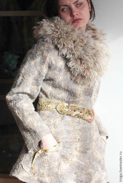 Верхняя одежда ручной работы. Ярмарка Мастеров - ручная работа. Купить Жакет зимний Оливия. Handmade. Бежевый, зимняя куртка