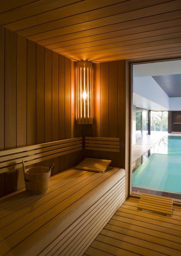 sauna met zicht op binnenzwembad | De Mooiste Zwembaden
