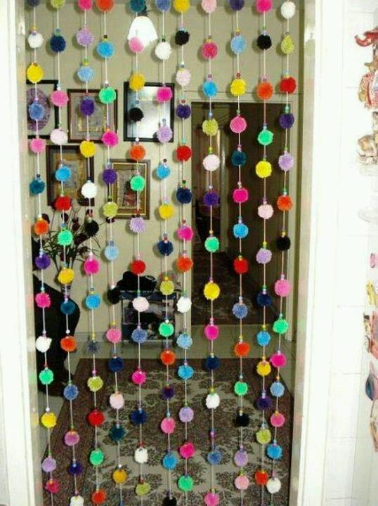 cortina de pompones de lana! Colorida!