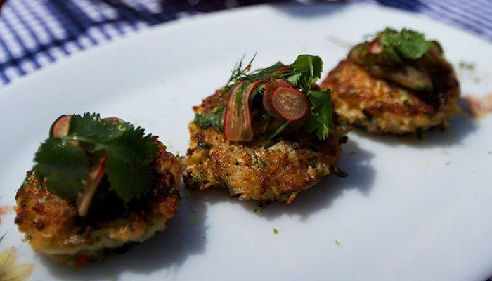 Asian Cornish Crab Cakes http://gustotv.com/recipes/lunch/asian-cornish-crab-cakes/