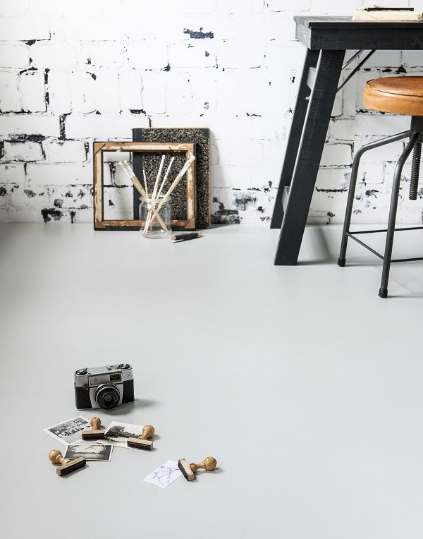 KARWEI   Een lichte, neutrale vloer kun je met vrijwel alle kleuren combineren.