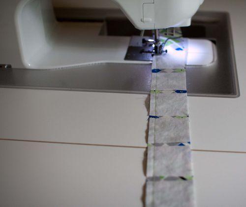 Strip pieced log cabin quilt tutorial