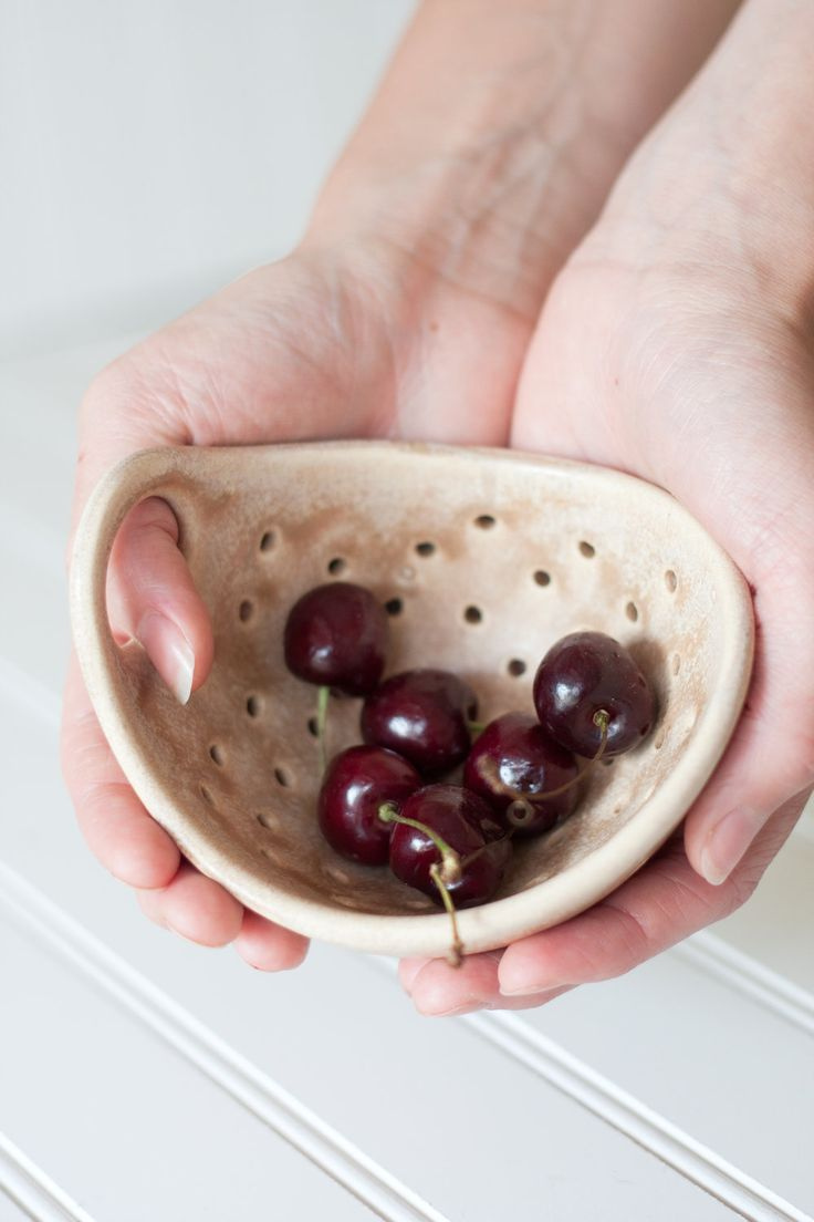 Pottery Berry Bowl with Handle - Small in Burlap Brown - Ceramic Colander