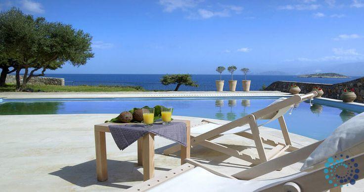 "Welcome to the ""Villa Anemos"" in Crete, Greece. Your #luxury #villa #rent #greece #greek #island #vacances #grece #mygreekvilla #alouer"