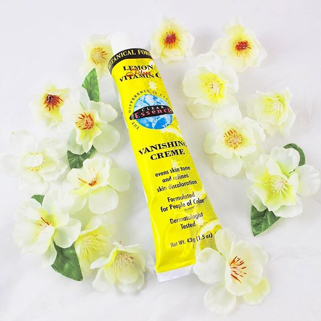 Clear Essence has harvested the power of lemon extract into this concentrated cream for scars and discolorations due to hyper pigmentation on the body and face.