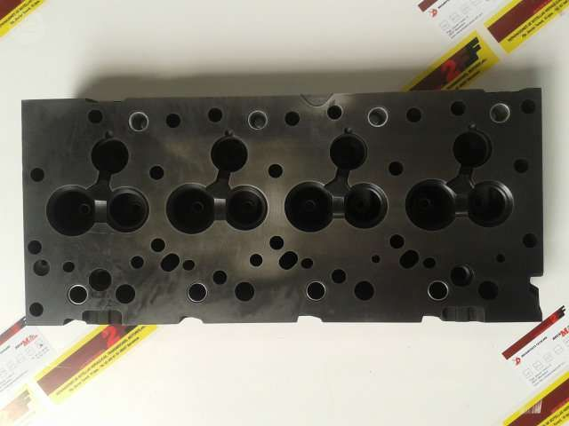 . Culatas, cig�e�ales, bielas, pistones, aros, juntas de motor, etc ... todo el material necesario para reparar su motor Nissan, Perkins ...... Culata nueva desnuda para  md-27, md 27, 4/165, 4-165 4.165 md27 md/27 por ##540,00�## .... Culata montada con valvulas y muelles por ## 675,00 � ## .......................................................................................... Para Perkins 3/152 3.152 3-152 montada en  Massey y John Deere culata nueva desnuda por ## 390,00 �##…