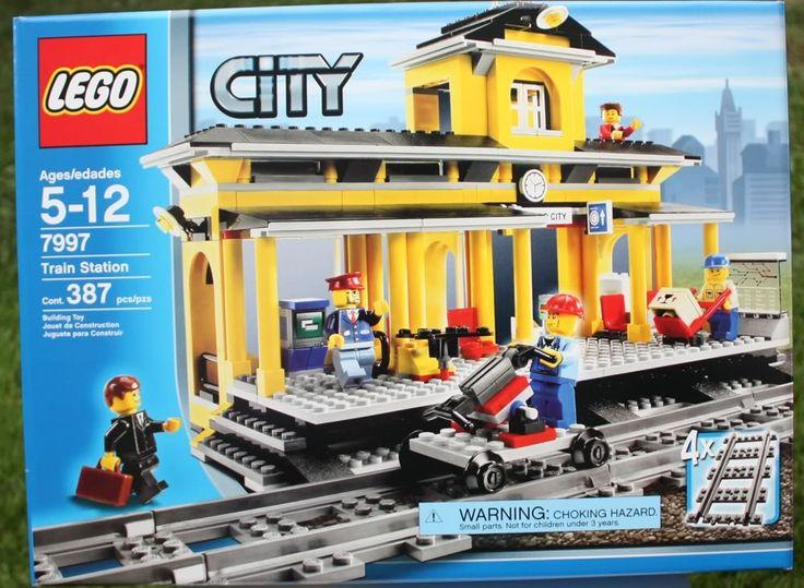 LEGO City - Train Station
