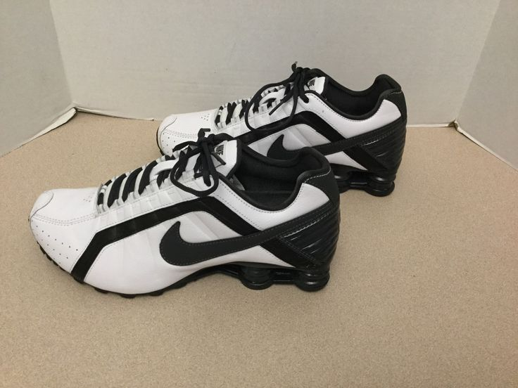 Mens Nike Shox Junior Running Shoes. Size 8. Great Condition!!!