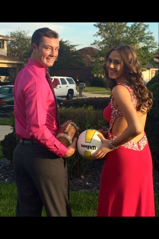 Cute homecoming picture for football player and volleyball player