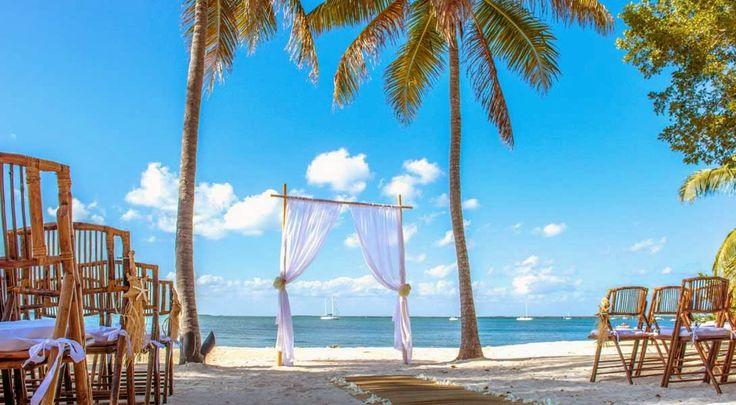 Destination wedding cost, Planning a destination wedding - Key Largo Lighthouse Beach Weddings Florida Keys Wedding Venues