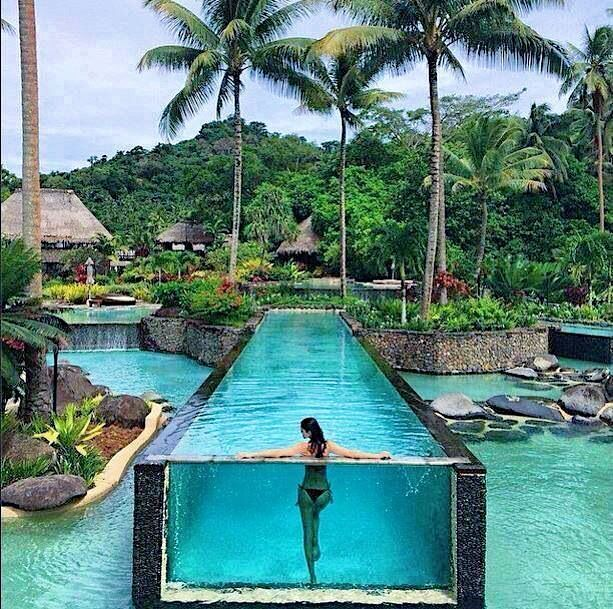 This might be one of the prettiest pools in the world. And the Laucala Island Resort in Fiji is one of the prettiest resorts in the world. Tag who you'd swim in this pool with.