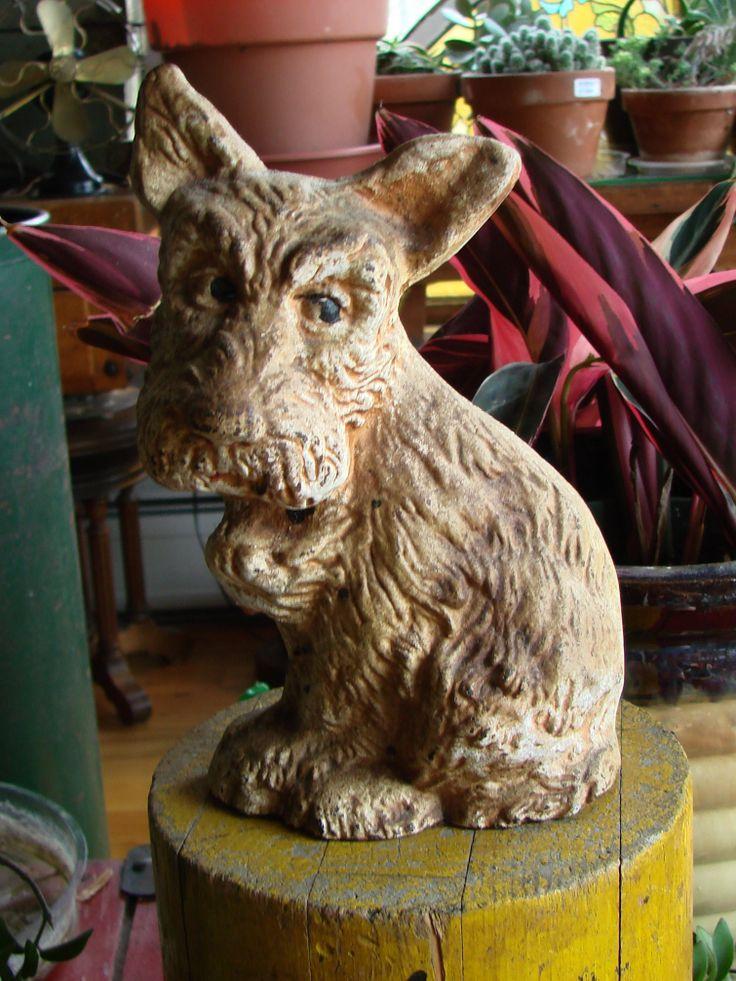 Antique cast iron scottish terrier doorstop signed