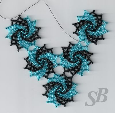 Lo veo como un fractal en crochet. ¡Me encanta! / Spiral pattern that would also look good in varied colours