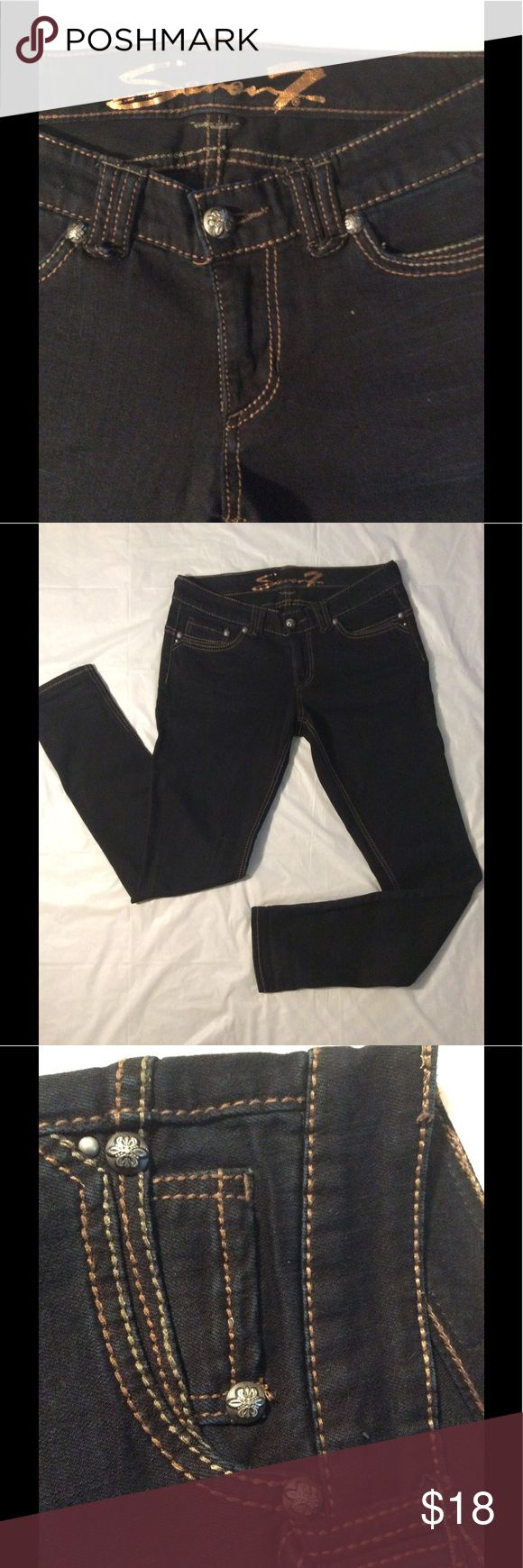 Sevens Jeans In good condition. No fade. Smoke free. Seven7 Jeans Skinny