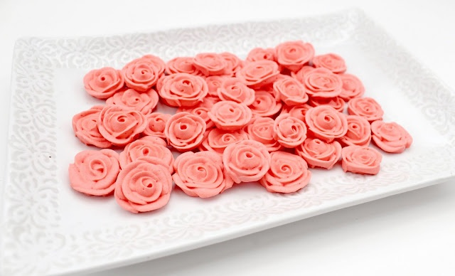 how to make roses with icing sugar