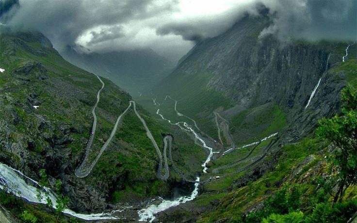 Troll-stigen (Troll-ladder) Road