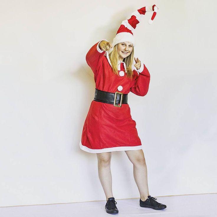 Sledujete u někoho vánoční videa?? . . .#vanoce #fallenka #realgeek #darky