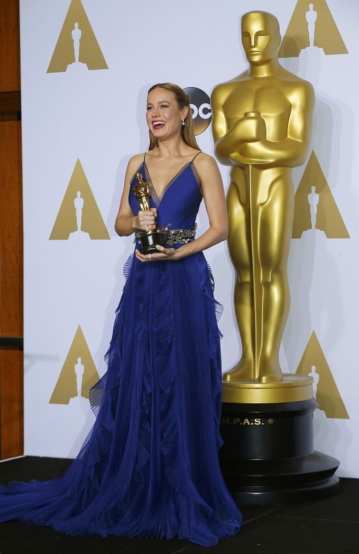 academy award for best actor and Here are the academy award winners for best actor and best actress from 2011 to 2016: 2016 -- casey affleck, best actor for manchester by the sea emma stone, best actress, la la land 2015 -- leonardo dicaprio, best actor for the revenant brie larson, best actress, room.