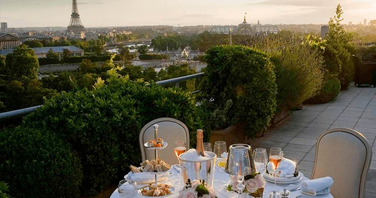 Le Meurice   LUX Guide: The Best Hotels for Paris Fashion Week   LUXPORTATION