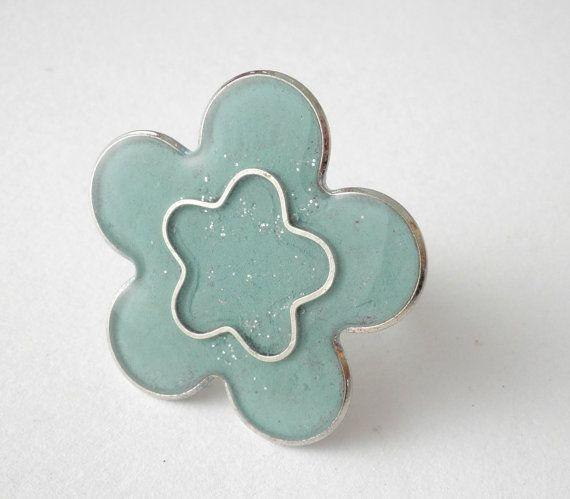 Flower resin ring Turquoise flower ring  Enamel by dadahandmade, €12.00