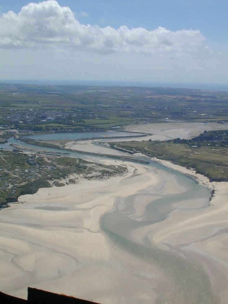 The Hayle Estuary, Cornwall, England. Great base for a holiday, best pasties in Cornwall at Phelps, beautiful beaches and within easy reach of countless great places including St Ives, Sennen Cove, Lands End and more.
