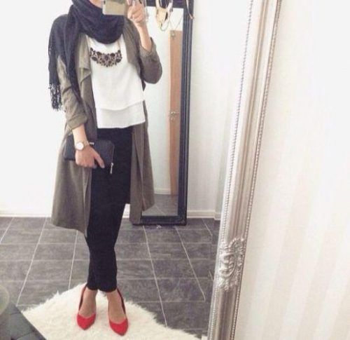 waterfall cardigan hijab chic, Hijabi fashion Bloggers Street looks http://www.justtrendygirls.com/hijabi-fashion-bloggers-street-looks/