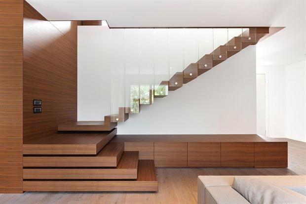 Escaleras, diseño y funcionalidad.  /Divisare.com