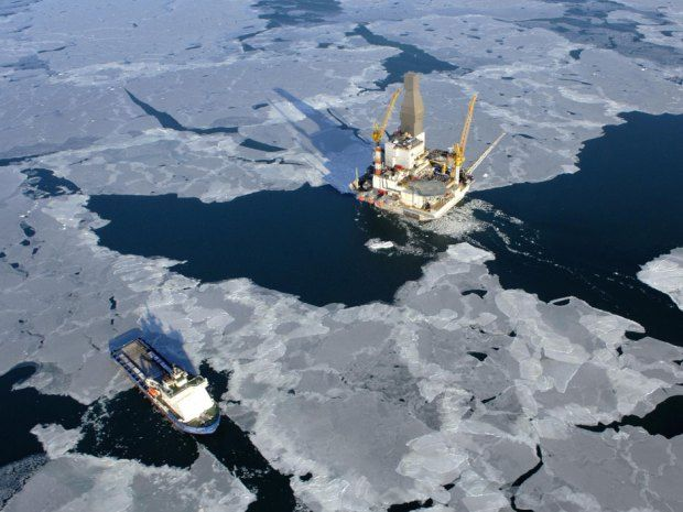 Russia says an Arctic well it drilled with Exxon Mobil has just struck oil — a lot of it