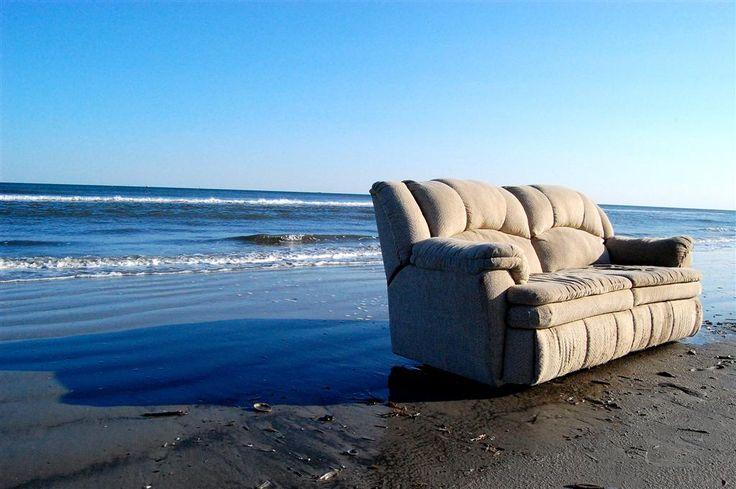 Couchsurfing pomysłem na tanie wakacje? Sprawdź, dlaczego serfowanie po kanapach się opłaca.  #couchsurfing #wakacje #podróżowanie