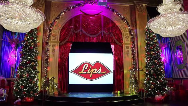 Lips New Years Eve Glitz and Glamour Ball.... Make your