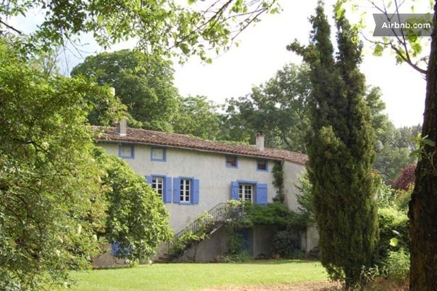 Former Watermill 300 Years Old in Issel from $127 per night for up to a group of 9 persons.