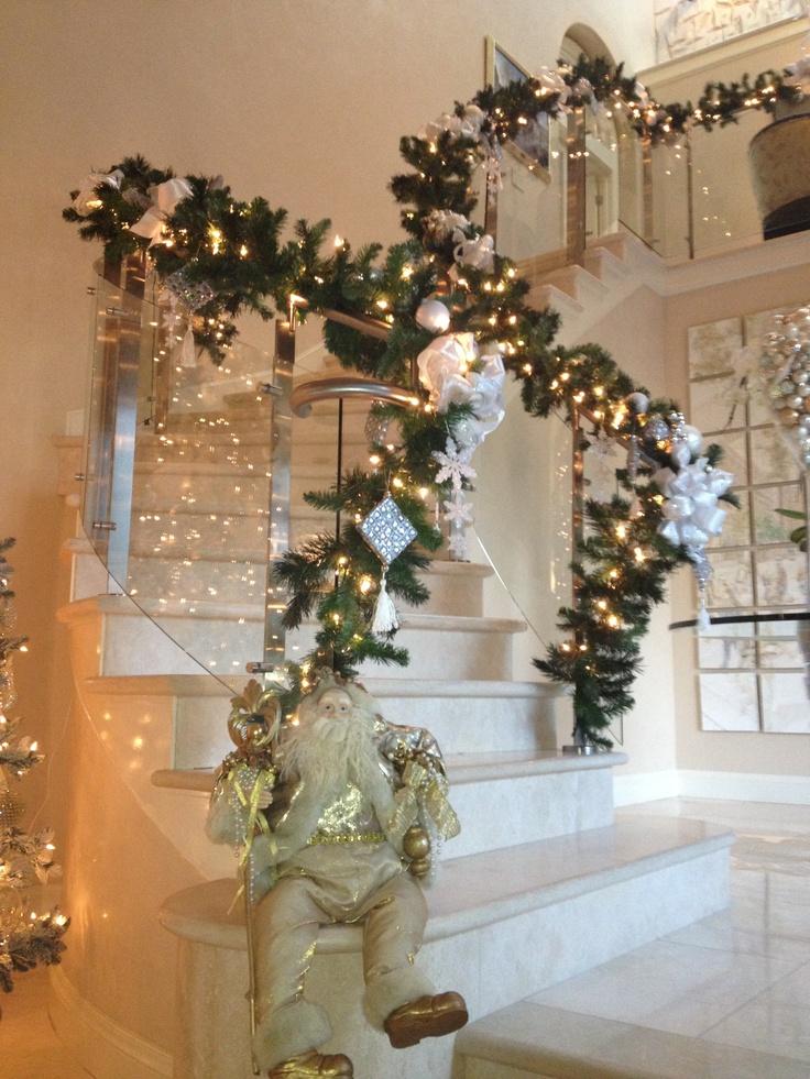 257 best Christmas Bouquets,centerpieces & Wreaths ...