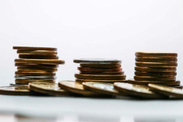 Como a regra do 50/20/30 pode ajudar seu orçamento - Yahoo Finanças