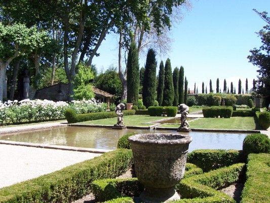 Visite des jardins du ch teau de brantes sorgues http for Jardin de toscane