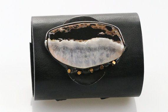Ice floe  bracelet with agate by SztukKilka on Etsy