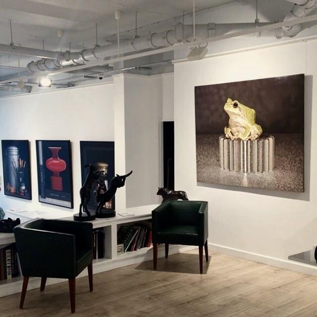 [ Winter Show ] 24 JAN - 25 FEB 2017 Plus One Gallery, LONDON #김영성 #극사실 #물고기 #개구리 #달팽이 #극사실주의 #현대미술 #ykim #YoungsungKim #Hyperrealism #hyperrealistic #oil #painting #drawing #contemporary #art #handpainted #environment #frog #snail #insect #goldfish #animal #sculpture #museum #artgallery #gecko #plusonegallery #batterseareach #london🇬🇧