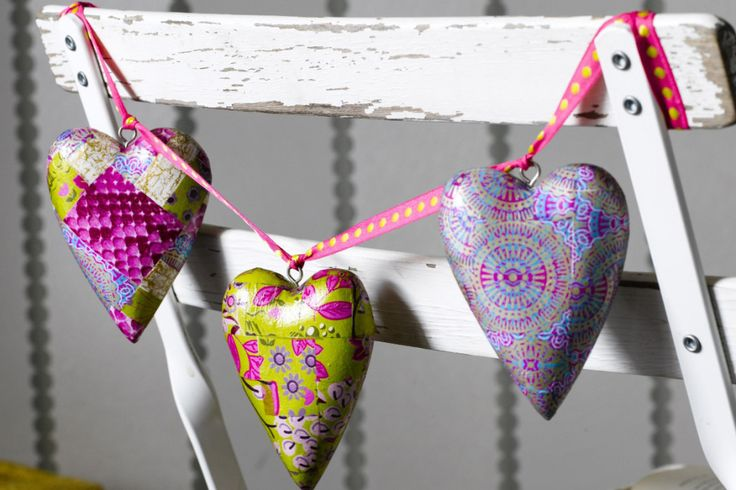 How to Decopatch Hanging Hearts #mache #decopatch