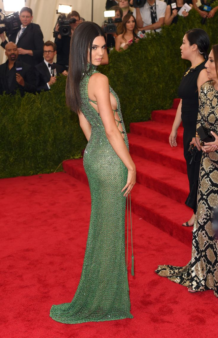 Kendall Jenner in Calvin Klein Collection.