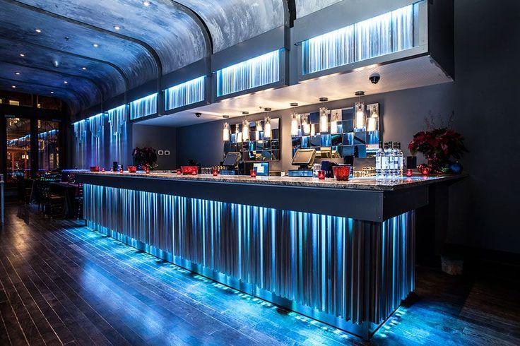 65 идей интерьера кафе – шаг навстречу общественному признанию http://happymodern.ru/interer-kafe/ Эффектная барная стойка
