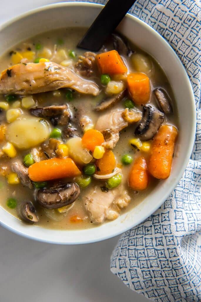 """Slow Cooker Chicken and Dumplings + How to Freeze -   amzn_assoc_placement = """"adunit0""""; amzn_assoc_tracking_id = """"goltip06-20""""; amzn_assoc_ad_mode = """"search""""; amzn_assoc_ad_type = """"smart""""; amzn_assoc_marketplace = """"amazon""""; amzn_assoc_region = """"US""""; amzn_assoc_title = """"Shop Related Products""""; amzn_assoc_default_search_phrase =... - http://cookwarerecipes.pro/slow-cooker-chicken-and-dumplings-how-to-freeze/"""