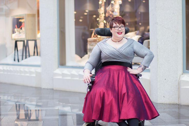 Wheelchair Fashion: Only 8 more Sleeps till Christmas...   Wheelingalong24