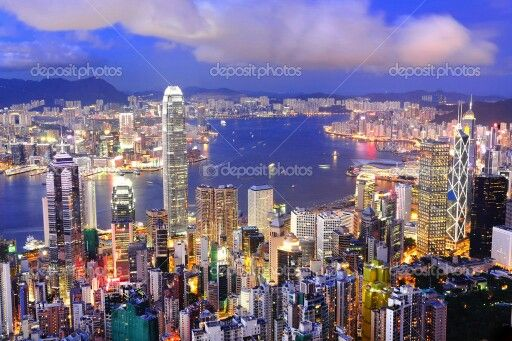 Victoria harbour, hongkong. A very romantic place :3