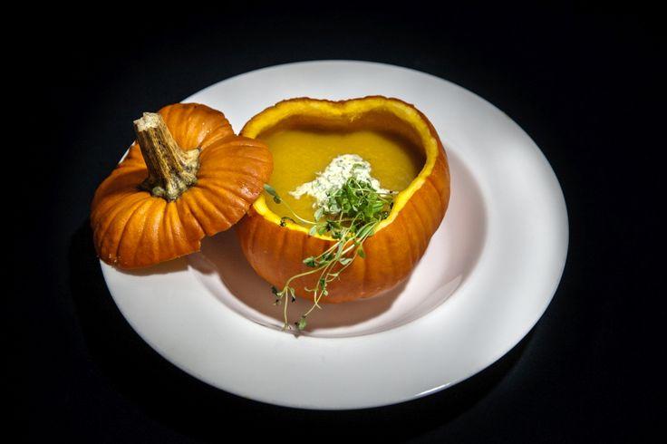 Pumpkin cream soup served in real pumpkin bowl #pumpkin #soup #delicious #yumi